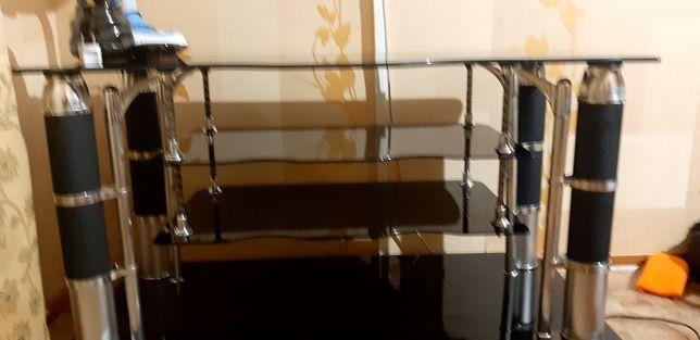 Стеклянный стол/подставка под телевизор.