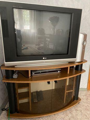 Телевизор, караоке, звуковая система, DVD