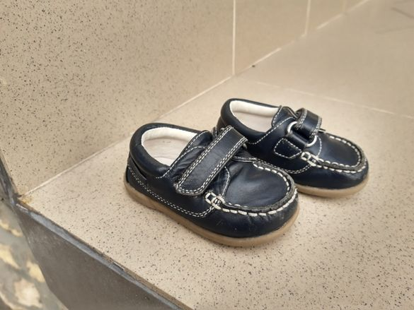 Бебешки кожени обувки