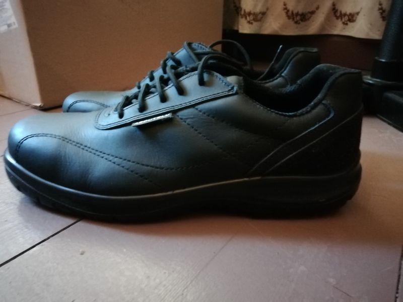 Работни обувки гр. Шумен - image 1