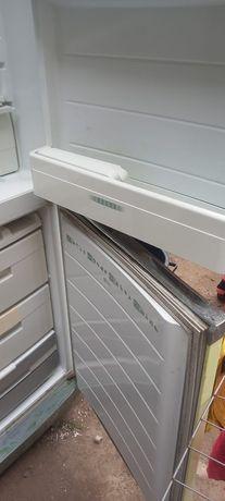 Холодильник 40 000