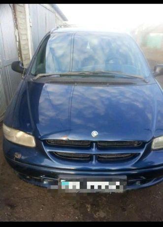 Продам Chrysler Voyager 2000г.