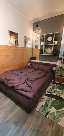 Продам двуспальная кровать с матрасом