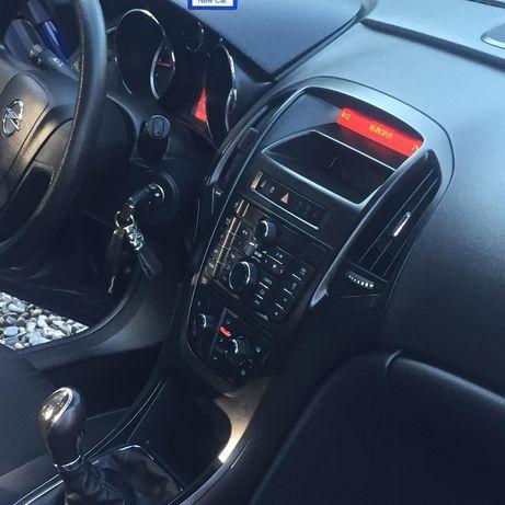 Opel astra j benzină 1,4 cutie manuală distribuție pe lanț