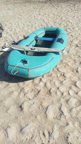 Продаётся резиновая лодка