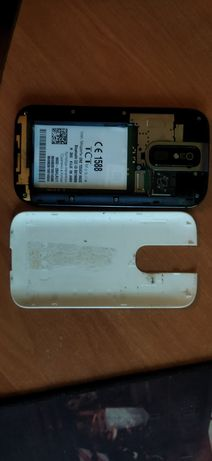 Продам сенсорный телефон Алкатель onetouch, торг минимальный