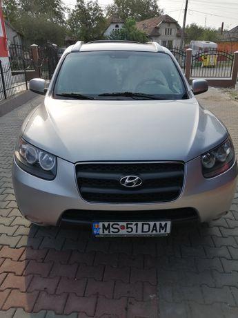 Vând Hyundai Santa fe