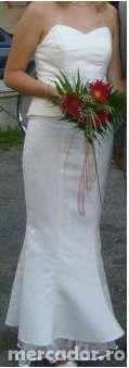 Rochie foarte eleganta crem