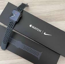 Apple Watch 5 Nike - 44 мм
