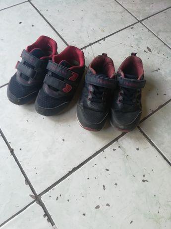 Кроссовки, сандали, ботинки