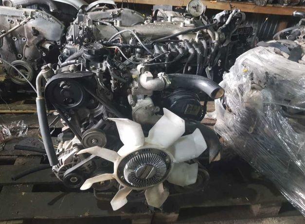 Двигатель на митсубиси паджеро. Объем 3.5