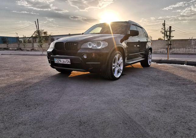 Продам BMW  x5 e70 40d