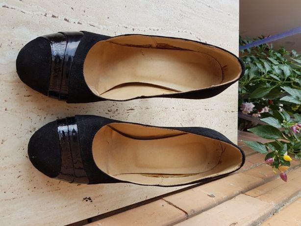 Vand pantofi de dama nr. 37