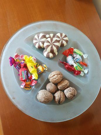 Farfurie decorativa pentru snacksuri
