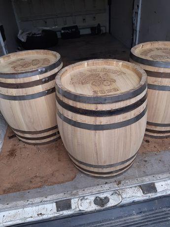 Butoaie lemn diferite  capacitati.