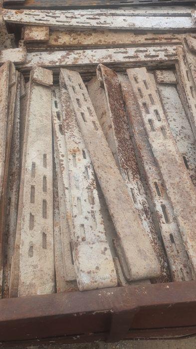 Cravate juguri cofraje stalpi Codlea - imagine 1