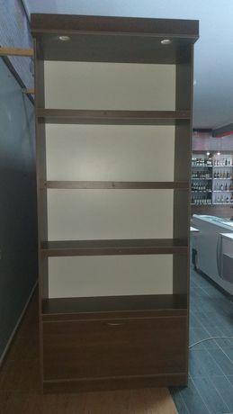 Шкаф для офиса или магазина
