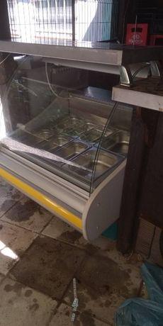 Топла витрина електрическа