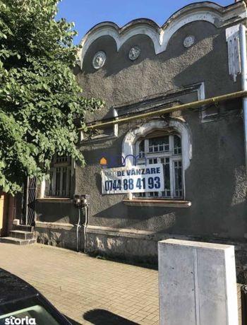 Vand/inchiriez imobil pe Str Nicolae Balcescu nr 15 Caransebes