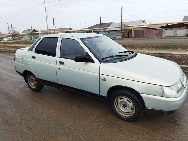 Продам машину 2110