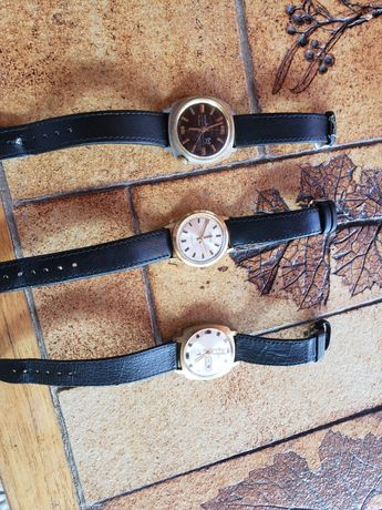 Vand ceasuri în stare buna