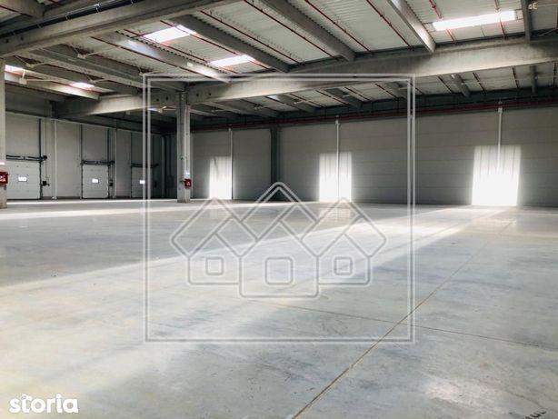 Spatiu industrial in zona Industrial ESt - 1.368 mp