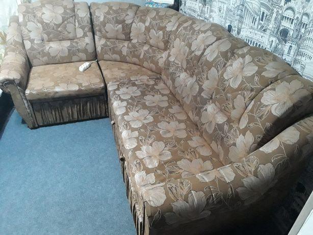 Продам диван уголок