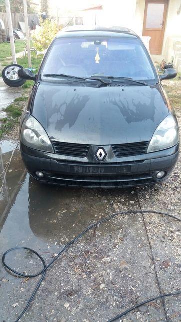 Dezmembrez Renault Clio 2006