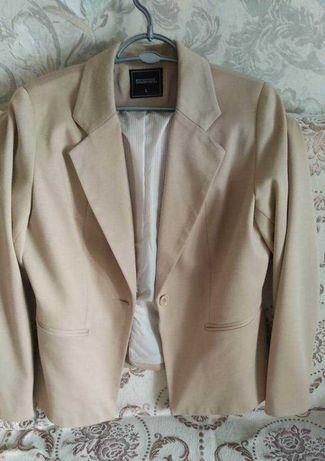 Пиджак женский 52 размер