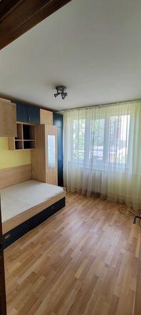 Apartament 3 camere zona Antiaeriana