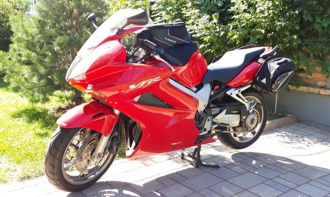 Motocicletă Honda VFR