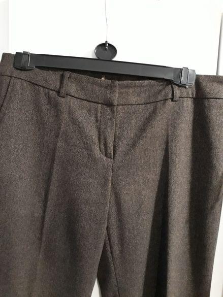 Елегантен дамски панталон с високо съдържание на вълна. В перфект