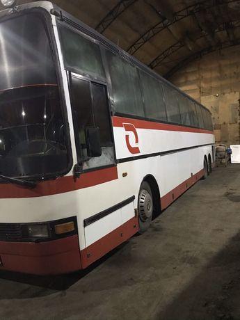 Автобус Volvo 1998 г
