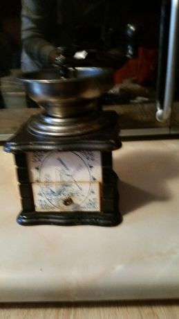 Rasnita de macinat cafea,piper,produs de colectie