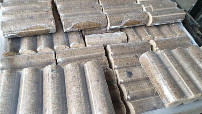 Brichete din rumegus de lemn de calitate superioara
