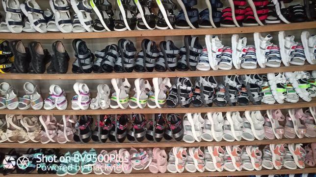 Школьная форма,Подростковая и детская обувь лето-осень