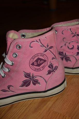 Bascheti roz Lee Cooper