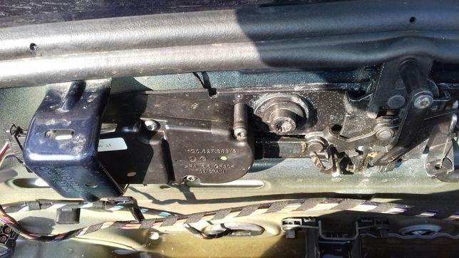 1Q0827383 Broasca ( Actuator ) portbagaj cu soft close VW Eos 2007