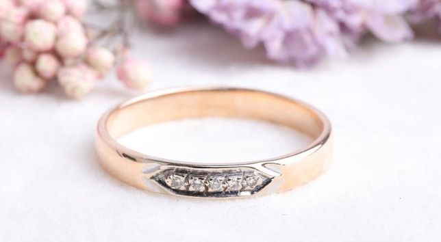 Кольцо с бриллиантами, золото 585 Россия, вес 2.40 г. «Ломбард Белый»
