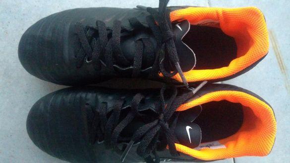 Детски футболни обувки - бутонки NIKE 35,5 номер