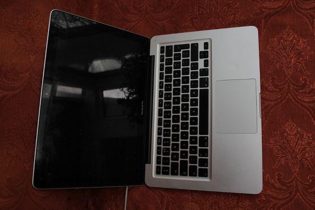 """MacBook Pro 2009 13"""" defect"""