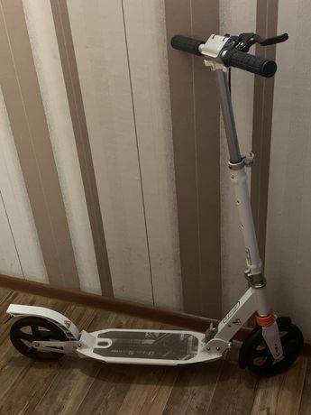 Самокат urban scooter 200