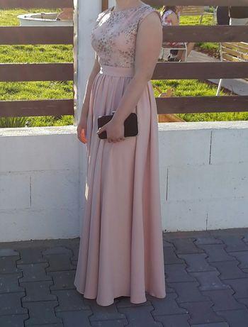 Vând rochie lungă