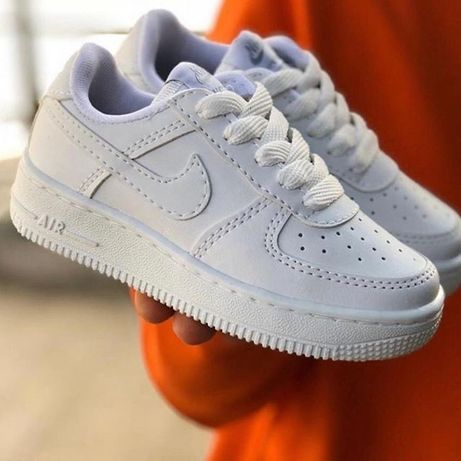 Adidasi unisex Nike Air Force 1 Low alb marimi de la 36 la 44