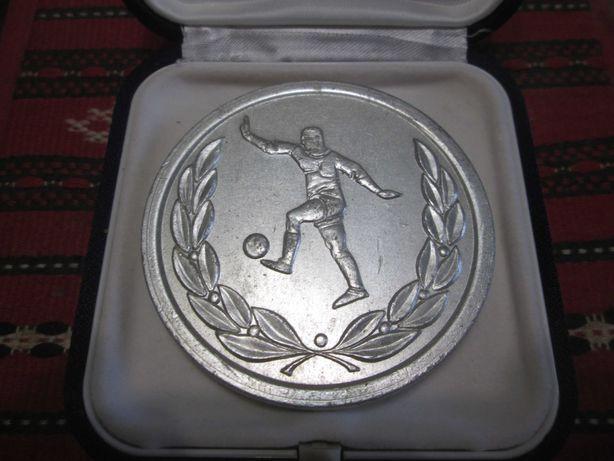medalie jubiliară 60 ani clubul sportiv Universitatea Cluj Napoca 1919