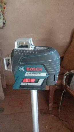 Продам лазерный уровинь