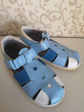 Новые сандалии Россия