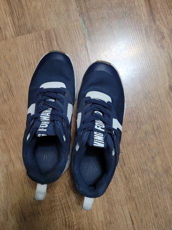 Pantofiori  băieți  mărimea  29