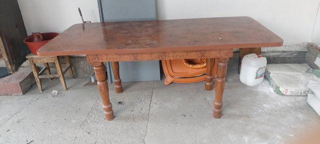 Продам стол в хорошем состояни 2 метра