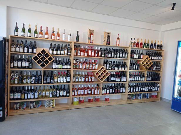 Rafturi vin și tejghea pt magazin